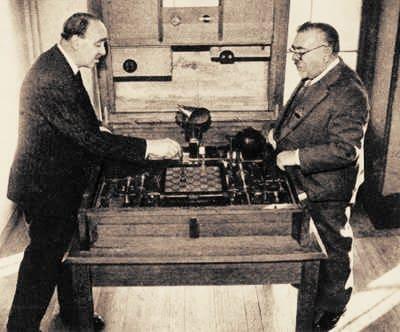 Foto de una partida del ajedrecista de Leonardo Torres Quevedo