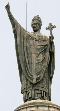 Estatua de Urbano II