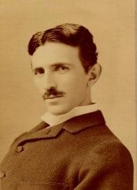 Nikola_Tesla_by_Sarony_-_Seifer_archives