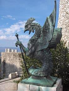 Ejemplo de basilisco medieval con combinación de gallo