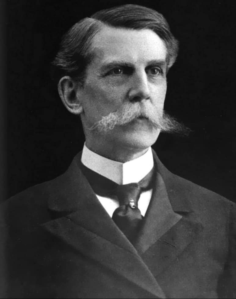 Oliver Holmes