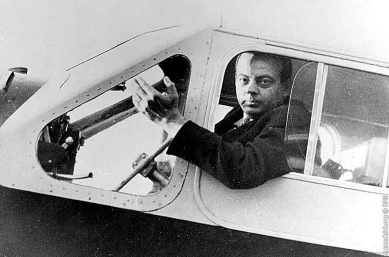 Saint-Exupéry piloto