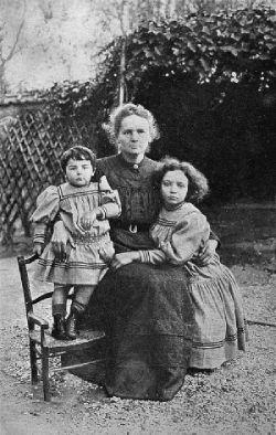 Madame Curie y sus hijas